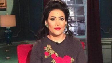 Photo of بدرية طلبة : بعامل خادمتي مثل بناتي وأعتبرها ملاك