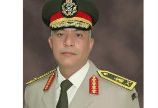 Photo of قائد الجيش الثالث يستقبل وفد المستثمرين العرب ولجنة رجال الأعمال