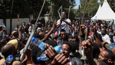 Photo of أثيوبيا .. ارتفاع حصيلة أعمال العنف في إثيوبيا إلى 239 قتيلاً