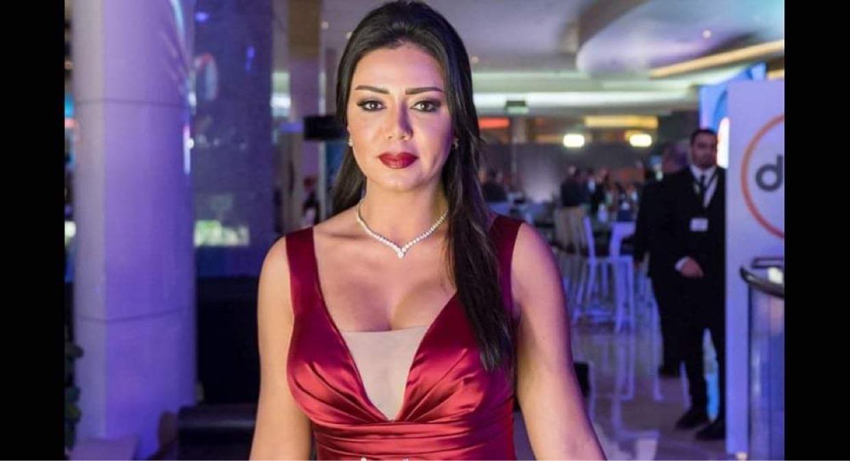 """رانيا يوسف بعد """"فتاة المعادي"""": مليون مرة نقول التحرش عقوبته الاعدام"""