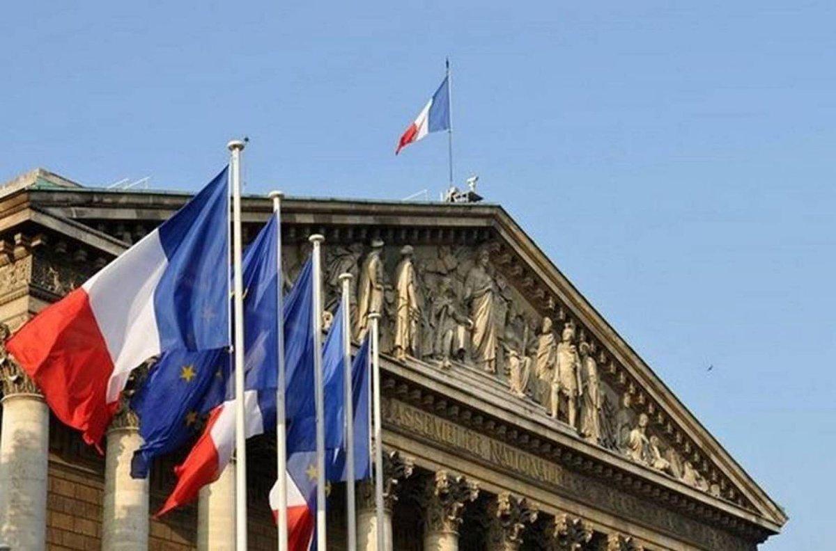 الخارجية الفرنسية: المسلمون جزء من دولتنا وتاريخنا