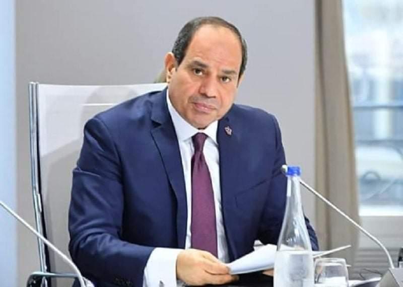 مبادرة الرئيس: شعار 100 مليون صحة لاعادة بناء الانسان المصري