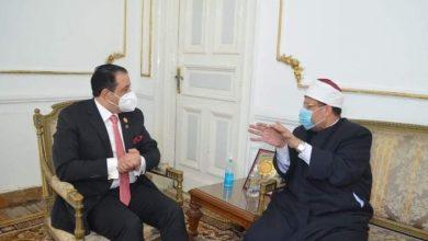 Photo of وزير الاوقاف ونائب البرلمان العربي يناقشان التعاون لـ مواجهة الإرهاب