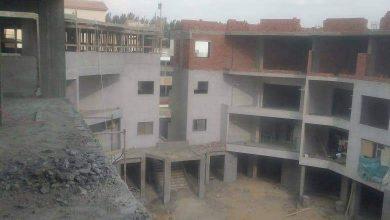 Photo of إزالة سقف دور كامل مخالف بامتداد غرب الجولف بالتجمع الثالث