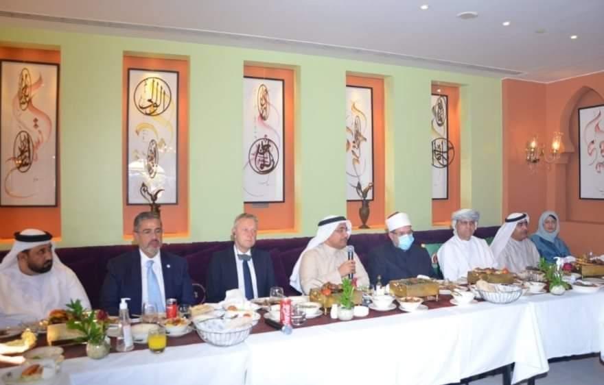 وزير الأوقاف يلتقي رئيس وأعضاء البرلمان العربي اليوم