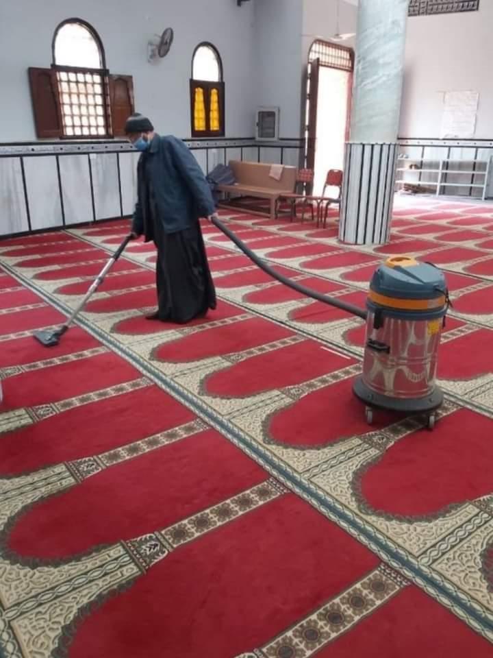 بالصور.. الأوقاف تواصل حملتها لنظافة وتعقيم المساجد