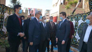 Photo of الهجان يستقبل القائم بأعمال سفير السويد لتفقد مشروع الفصل الأخضر