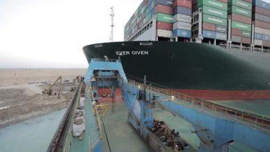 Photo of ربيع: التكريك والحفر بمقدمة السفينة الجانحة لتسهيل عملية تعويمها