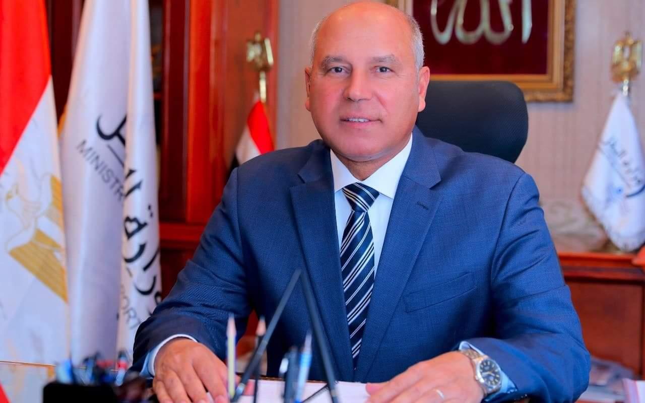 كامل الوزير: 24 شهرًا ويكون لدينا أول قطار سريع في مصر