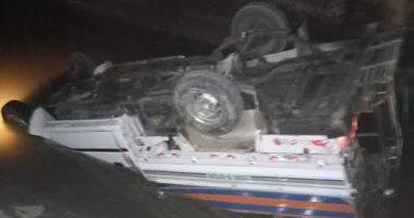 إصابة 4 أشخاص في انقلاب سيارة كبود داخل ترعة بأسوان