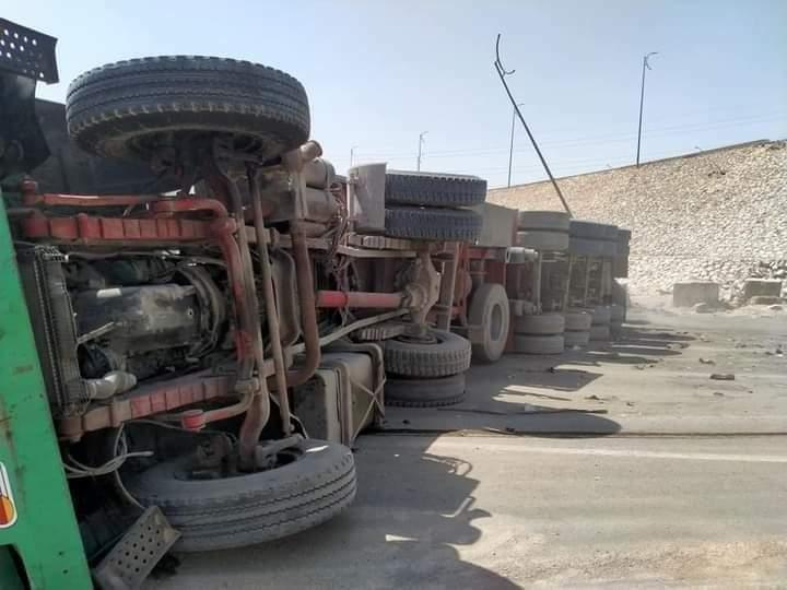 حادث مروع على الطريق الأوسطي وأنباء عن حدوث وفيات