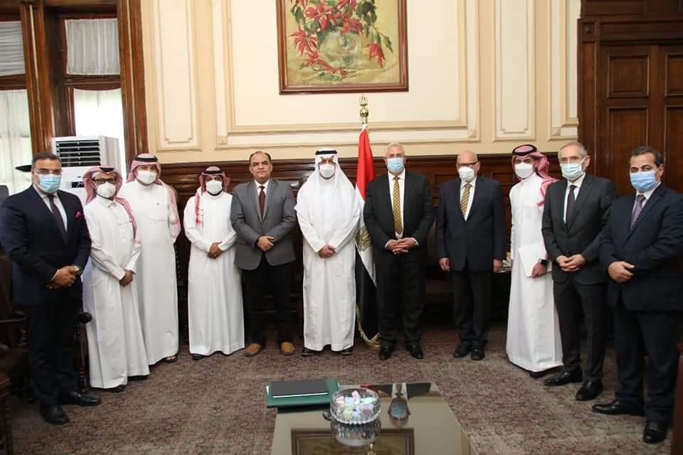 القصير يستقبل وفدا سعوديا لتأكيد استمرار حركة الصادرات الزراعية المصرية للمملكة