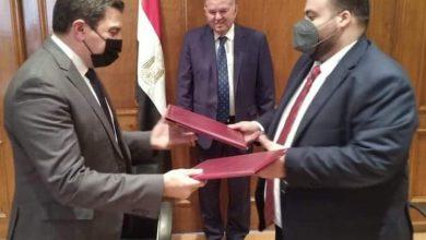 """Photo of توفيق: يشهد توقيع مذكرة تفاهم بين """"التجارية للأخشاب"""" وغرفة صناعة الأثاث"""