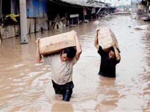 مقتل 33 شخصا وفقدان 8 آخرين في فيضانات وأمطار تضرب الصين