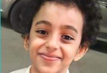 """Photo of لقب بـ""""بيكاسو الفن الصغير"""" ..أنس أصغر مدرب رسم في العالم العربي"""