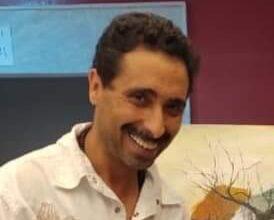 Photo of الفنان التشكيلي العمري المصطفى يمارس جنون الإبداع بـ الصور