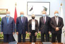 """Photo of وزيرة البيئة تشهد توقيع الإتفاقية الوزارية لمشروع """"إدارة تلوث الهواء وتغير المناخ في القاهرة الكبرى"""" لـ 3 محافظات"""