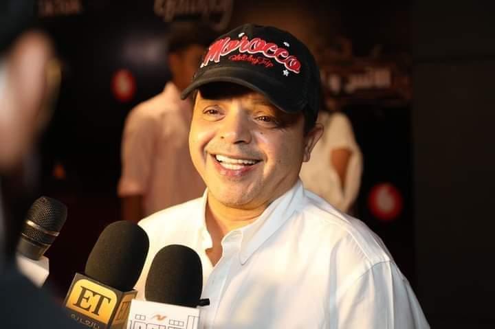 محمد هنيدي يداعب الجمهور بقرار اعتزاله الفن