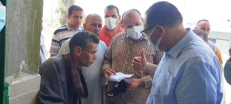 غراب يتفقد شوارع قرية الصوفية بأولاد صقر ويُتابع إنتظام سير العمل بالوحدة المحلية ويلتقى بالمواطنين