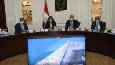 Photo of الجزار ومحافظ دمياط يبحثان مقترحات تطوير بعض المناطق بـمدينة رأس البر