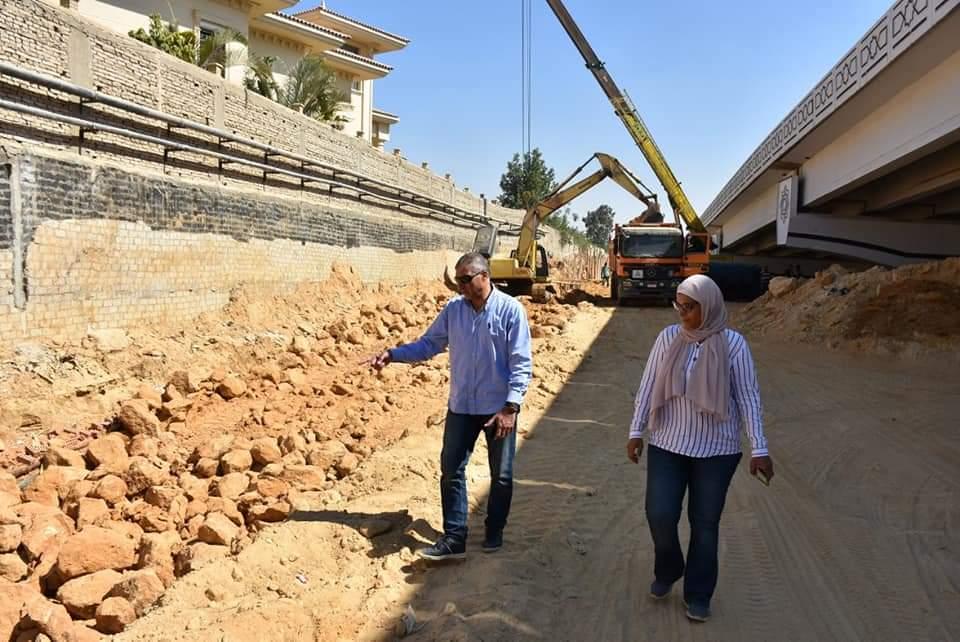 رئيس جهار القاهرة الجديدة يتابع استعدادات موسم الشتاء وأعمال التطوير بالتجمع الأول