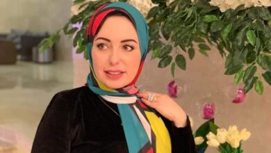 Photo of 10 طرق من شيماء الشافعي لإعادة استخدام ملابسك لتبدو عصرية كل يوم