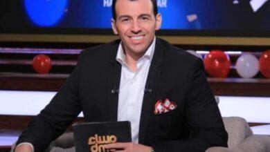 "Photo of رامي رضوان يشارك بصورة طارق شوقي ويعلق الجمهور"" لو بعتيها مش هتجيب فلوس"""