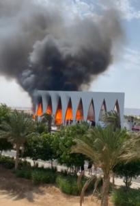حريق هائل يلتهم قاعة مهرجان الجونة السينمائي قبل انطلاقه بـ 24 ساعة