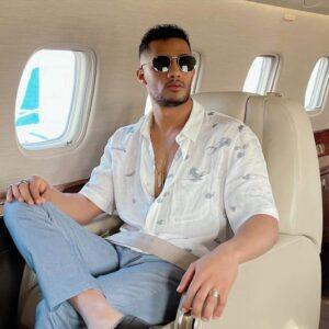 محمد رمضان… ومغامرة جديدة على متن طائرته الخاصة