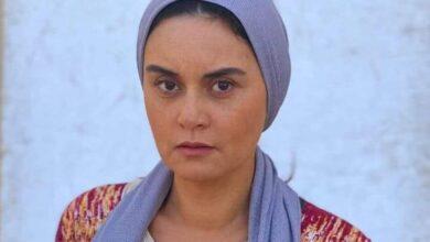 "Photo of رشا مهدي ربة منزل في عملها الجاري ""لحظة ضعف"""