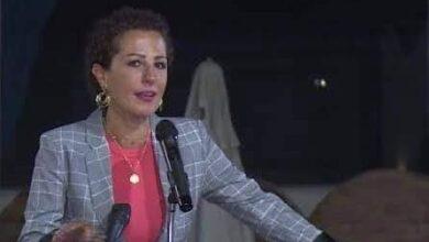 Photo of لينا شاكر تشارك جمهورها بدعوتها لحضور حفل الدفعة 90